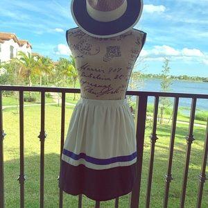 Mini skirt !!